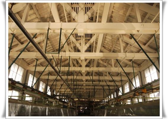 トラス式の屋根.jpg